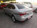Foto Fiat grand siena essence (dual) (EMOTION2) 1.6...