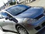 Foto Nissan Tiida 5p Hatch Back Emotion 6vel