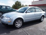 Photo 2002 Volkswagen Passat 4 Door Sedan GLX