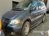 Photo Handicapped Van - 2002 Dodge Grand Caravan