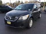Photo 2012 Volkswagen Routan SE