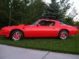 Photo 1976 Pontiac Trans Am carousel red