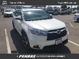 Photo Used 2016 Toyota Highlander AWD XLE V6 for sale