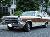 Photo 1966 Ford Fairlane Squire Station Wagon