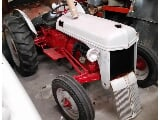 Photo 1949 Ford 9N Tractor