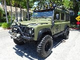 Photo 1987 Land Rover Defender 110 RESTORED