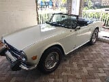 Photo 1974 Triumph TR6 white
