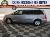 Photo 2015 Chrysler Town and Country Touring