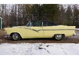 Photo 1956 Ford Sunliner