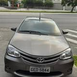 Foto Toyota etios 1.5 x sedan 16v flex 4p manual -...