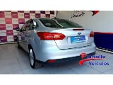Foto Ford Focus Fastback SE Plus 2.0 PowerShift