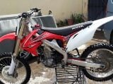 Foto Vendo moto honda crf450 cross