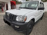Foto Mahindra Pick UP CD 2013