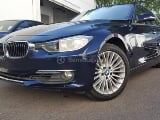 Foto BMW 320i luxury 2013