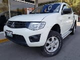 Foto Mitsubishi L200 Pick Up 2015