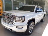 Foto GMC Sierra Pick Up 2017