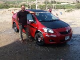 Foto Toyota yaris semi full